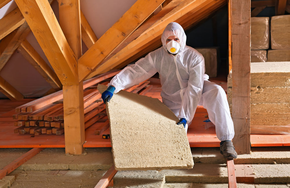 Insulation services warm front for Insulate your home for free